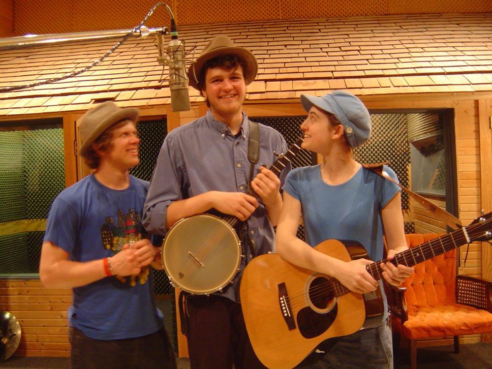 Trio teens hammering